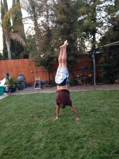Mike B with his FIRST HANDSTAND EVER!!! Congratulations! Hand work pays off!